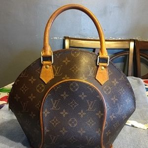 Louis Vuitton Ellipse PM Loved Pre-owned